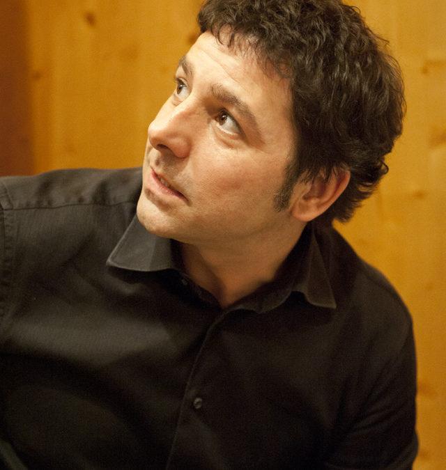 """Stagione Artistica di Artè: venerdì 28 aprile il concerto """"Movie rhapsody in black and white"""" del pianista Emilio Tieri"""